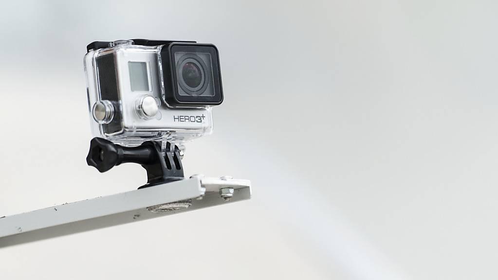 Mit einer GoPro gemachte Aufnahmen von einem Fahrzeug aus sind nur bei schweren Straftaten als Beweismittel zugelassen. (Themenbild)
