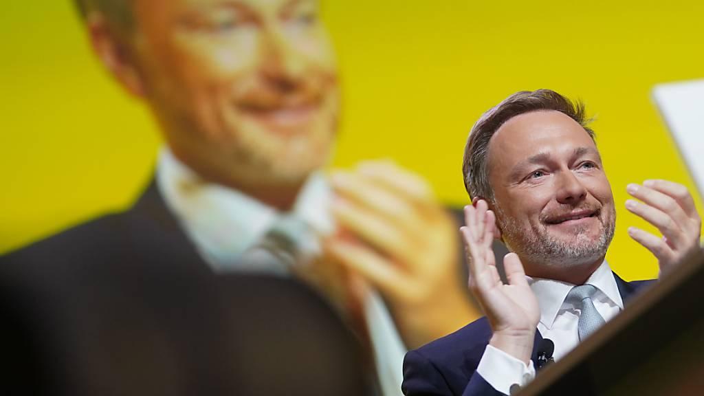 Endspurt zur Bundestagswahl - FDP und Grüne ringen um Klimapolitik