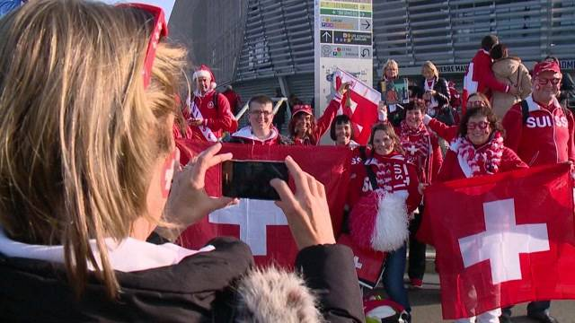 Federer  Fans am Davis Cup