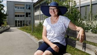 Petra Späti im Schulhaus Luterbach, in dem sie 46 Jahre lang unterrichtete.