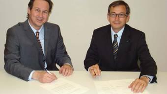 Am Mittwoch wurde das Pflegezentrum Barmelweid AG gegründet. Rechts Präsident Dr. Daniel Heller und Vizepräsident Beat Hunziker.
