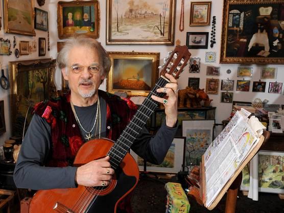 Der deutsche Liedermacher und Sänger ist im Alter von 84 Jahren nach kurzer schwerer Krankheit in Berlin verstorben.