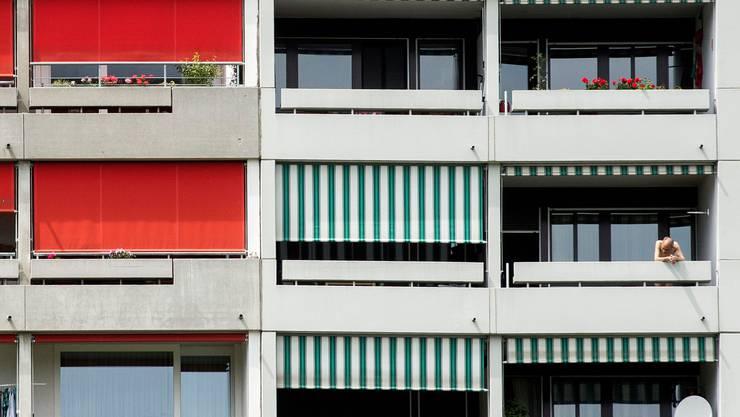 Viele Schweizer verbringen dieses Jahr die Ferien gezwungenermassen zu Hause.