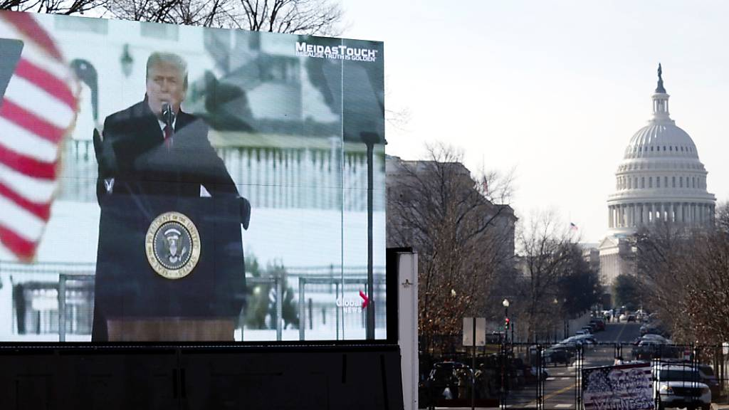 Ankläger untermauern Vorwürfe gegen Trump mit verstörenden Videos