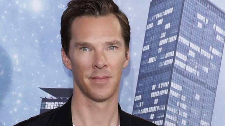 ARCHIV - Der Schauspieler Benedict Cumberbatch kommt 2016 zur Vorführung des Kinofilms «Doctor Strange». Foto: Jörg Carstensen/dpa