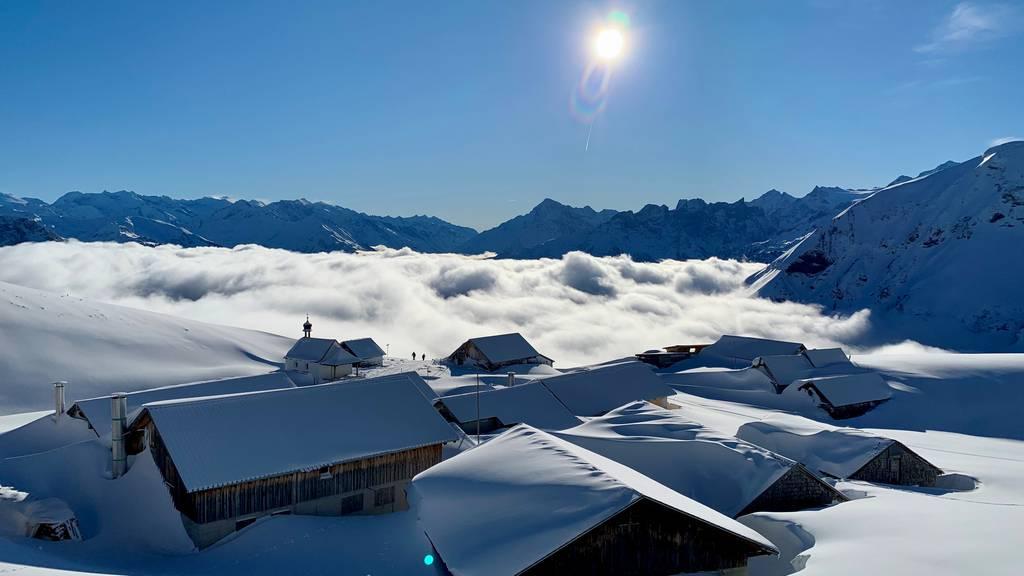 Wandern und Schneeschuhlaufen: Traumhafte Touren auf Turren