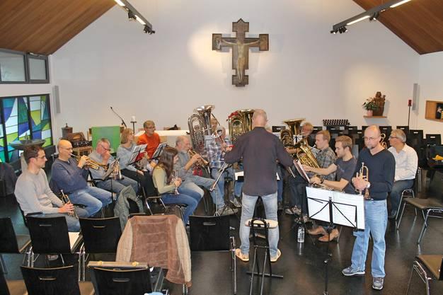 Probe der MGK und des Jodlerklubs für das Kirchenkonzert vom 9. Dezember 2018 in der reformierten Kirche Kölliken