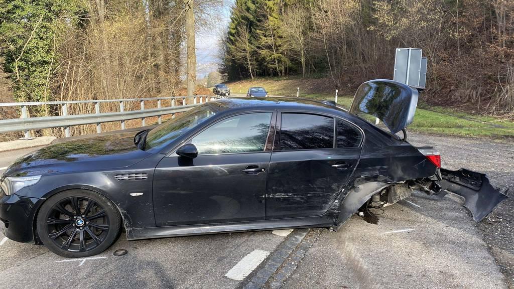 200'000 Franken Sachschaden nach Unfall: Polizei sucht Zeugen