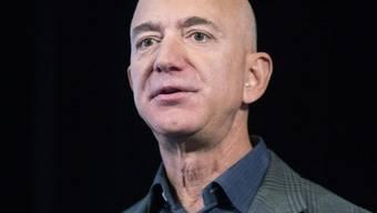 Amazon-Chef Jeff Bezos will zehn Milliarden Dollar für den Umweltschutz spenden. (Archivbild)
