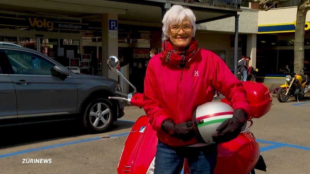 Vespa-Grosi sucht Begleitung für ihre Schweiz-Tour