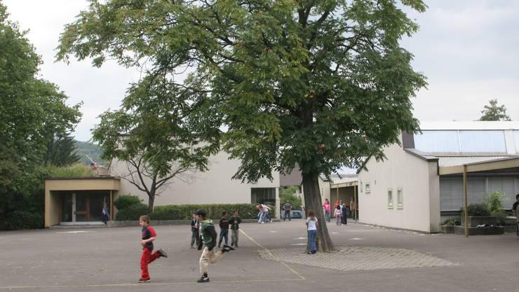 Soll bald in neuem Glanz erstrahlen: Die Sanierung des Schulhauses Reppisch kostet rund neun Millionen Franken.