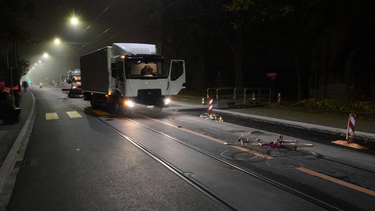 Die Velofahrerin wurde schwer verletzt.