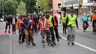 Skater nehmen Badener Schulhauskreuzung in Beschlag