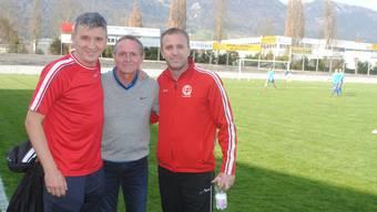 Assistenztrainer Jashar Ajdini, Vorstandsmitglied Daniel Emch und Trainer Perparim Redzepi (von links) hofften vergebens auf einen FCG 15-Sieg.