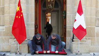 2016 in Neuenburg: Aussenminister Didier Burkhalter empfing seinen Amtskollegen Wang Yi.