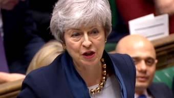 Die britische Premierministerin Theresa May soll mehreren Medienberichten zufolge noch an diesem Freitag die EU um einen weiteren Aufschub der Brexit-Frist bitten. (Archiv)