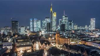 Banken und Finanzvermittler wie hier in Frankfurt sind ab sofort strengeren Regeln unterworfen.