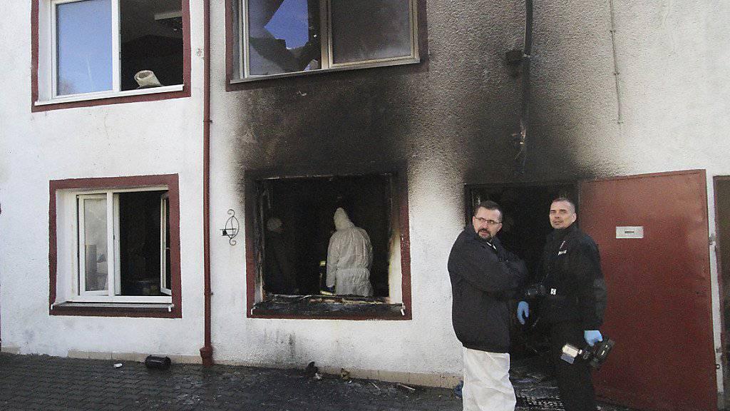 Fünf 15-jährige Mädchen starben: In diesem für das Freizeitspiel «Escape Room» genutzten Gebäude in Polen brach am Samstag ein Brand aus.