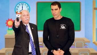 Puppy-Pistol: Ein US-Politiker geht Cohen (rechts) auf den Leim.