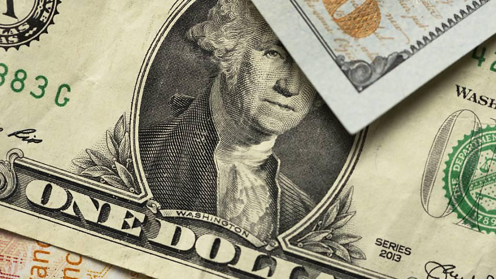 Angesichts des unsicheren Ausgangs der US-Präsidentenwahl steuern Anleger die globale Reservewährung US-Dollar an. (Symbolbild)