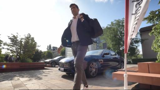 Videoproduktion Maserati in Muttenz mit Beni Huggel