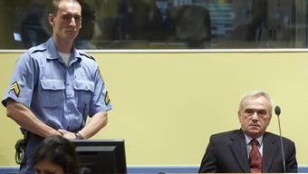 Jovica Stanisic vor Gericht.
