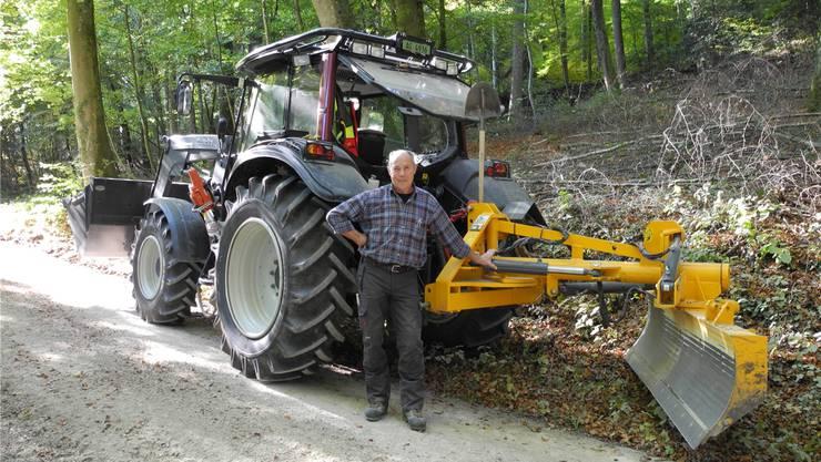 Förster Urs Jakober geht spätestens Ende 2019 in Pension. Die Gemeinden des Forstbetriebs Zeinigerberg-Looberg wollen auf diesen Zeitpunkt hin den bestehenden Betriebsvertrag kündigen.
