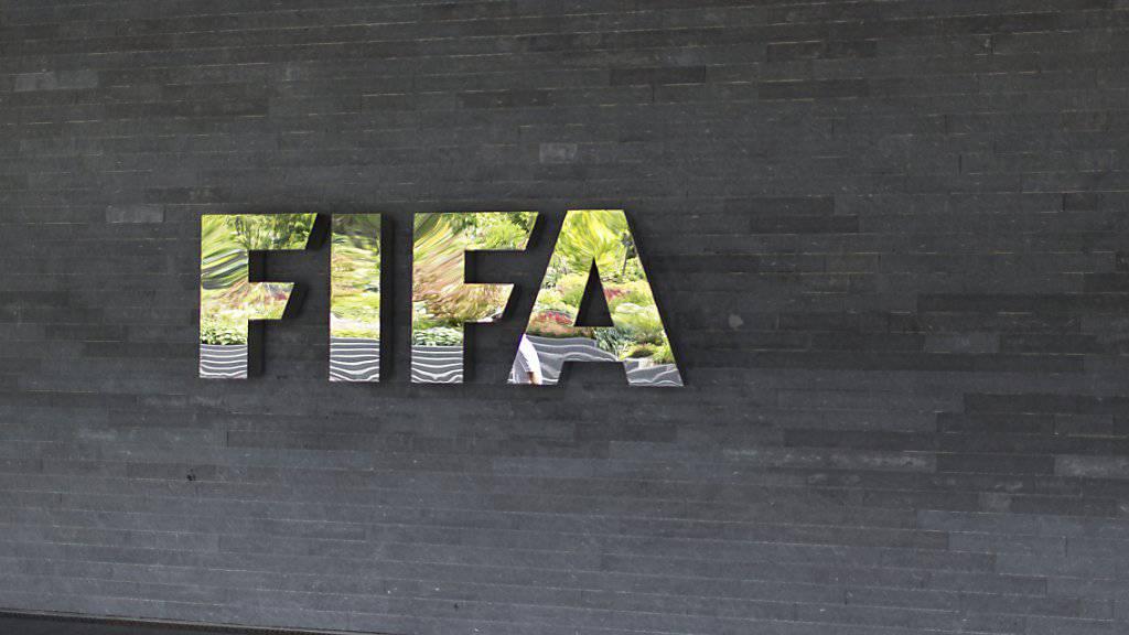 FIFA-Logo am Hauptsitz in Zürich. (Archivbild)