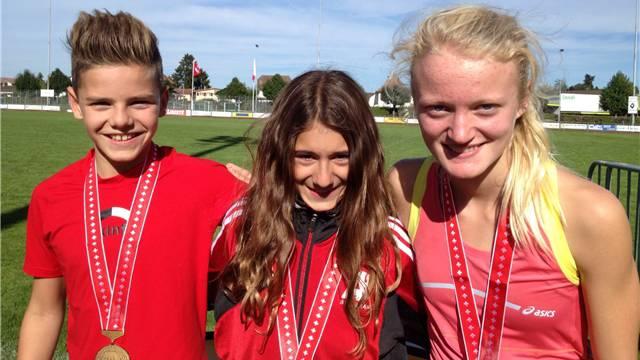 Valentina Rosamilia (mitte) sammelte auch schon im Jahr 2013 Medaillen.
