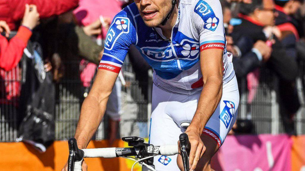 Der Franzose Thibaut Pinot holt sich in der 20. Etappe des 100. Giro d'Italia den Tagessieg