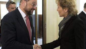Finanzministerin Widmer-Schlumpf trifft EU-Parlamentspräsident Schulz in Bern