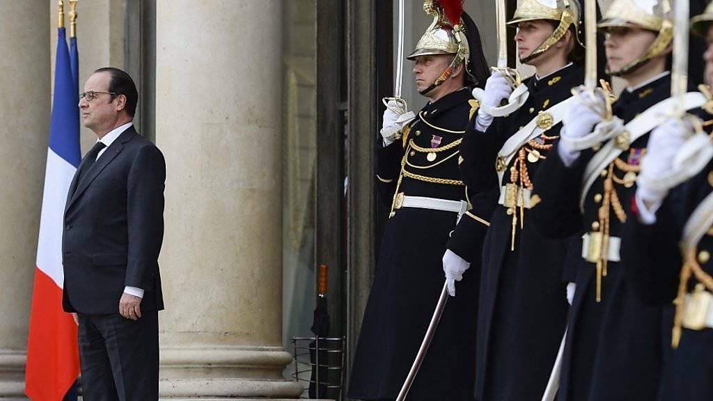 Fordert von Deutschland mehr Rückendeckung bei militärischen Einsätzen: Frankreichs Präsident Hollande.