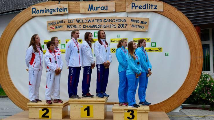 Das Schweizer Damenteam auf dem dritten Platz.
