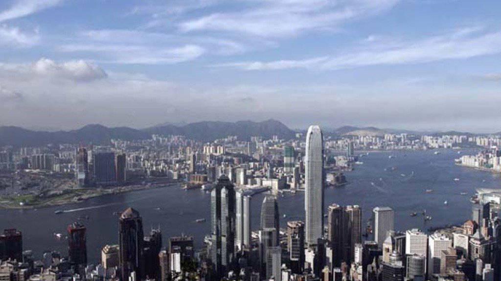 Massiv überteuert: In Hongkong ist gemäss einer Studie der UBS in den nächsten drei Jahren mit einer deutlichen Preiskorrektur am Immobilienmarkt zu rechnen.