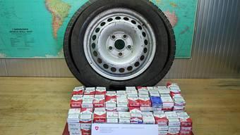 Zigaretten im Reserverad? Im Tessin sind die Grenz- und Zollbeamten häufiger mit solchen Fällen konfrontiert (Archivbild).