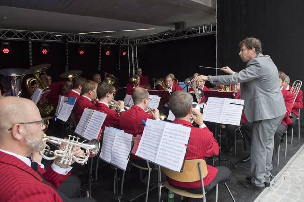 Die Musikgesellschaft Badenia spielte auf.