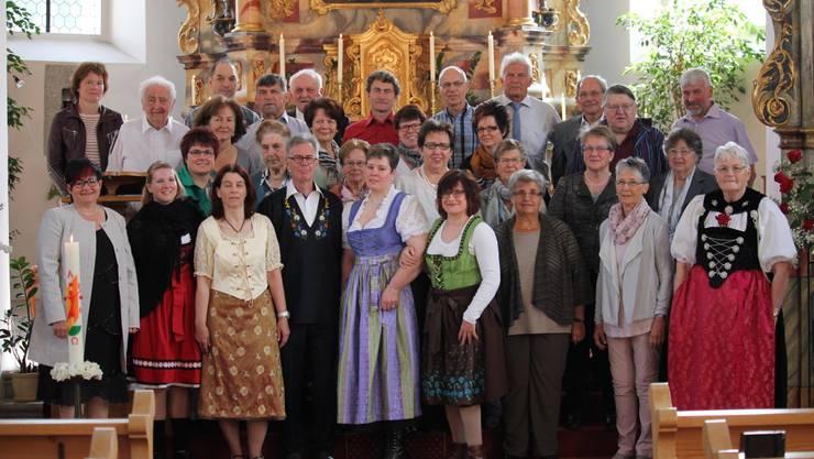 Der Kirchenchor Aeschi an Pfingsten