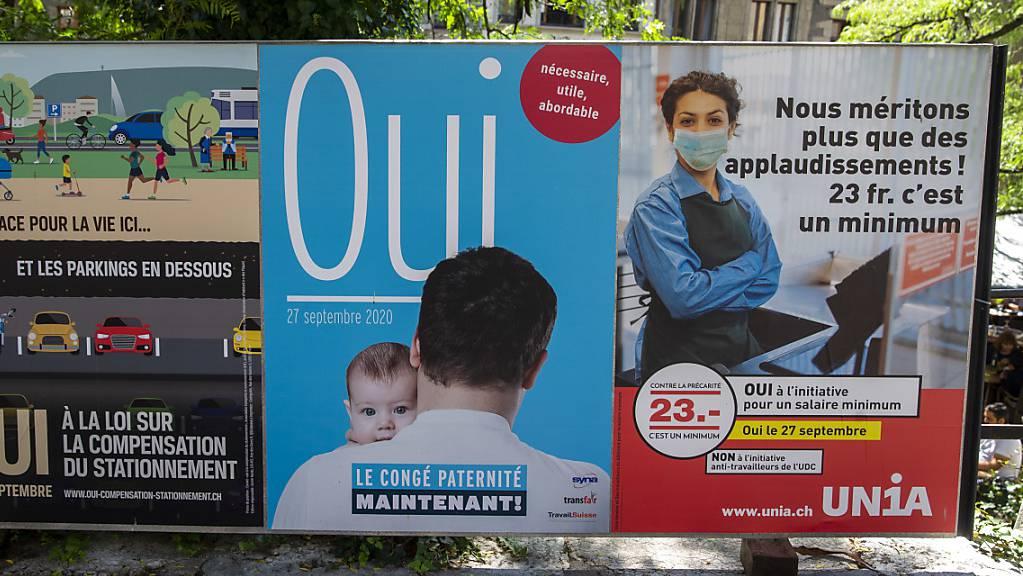 Mit dem Slogan «Wir verdienen mehr als Applaus. 23 Franken ist das Minimum» haben die Gewerkschaften und die linken Parteien in Genf für die Mindestlohn-Initiative geworben.