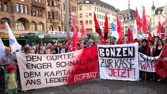 Demo der Staatsangestellten gegen die Sparmassnahmen