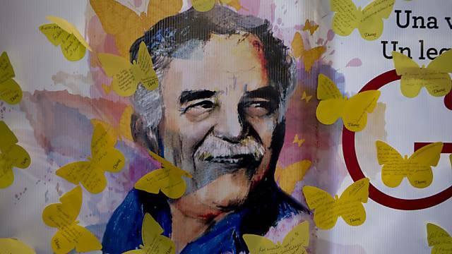 Ein Plakat erinnert an Nobelpreisträger Gabriel Garcia Marquez