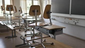 Die heutige Sekundarschule im Kanton Zürich ist kompliziert organisiert – da sind sich die Kantonsräte von links bis rechts einig. Die Bildungsdirektion will das System deshalb grundsätzlich analysieren. (Symbolbild)