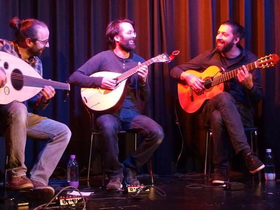 Humorvolles Musizieren ist den Musikern wichtig.