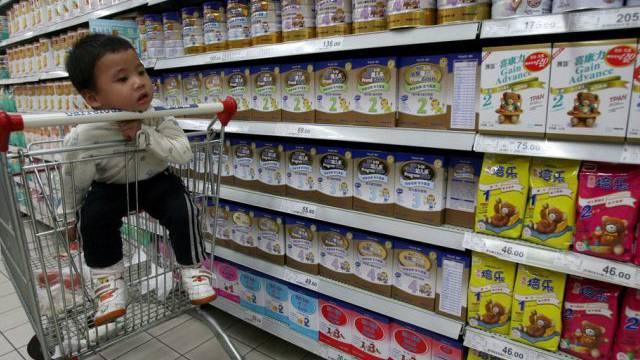 Milchpulver-Produkte in einem chinesischen Supermarkt (Archiv)