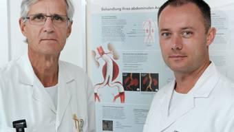 Thomas Huber (links) und Alexander Engwicht, Leitende Ärzte des Gefässzentrums des Kantonsspitals Baden.