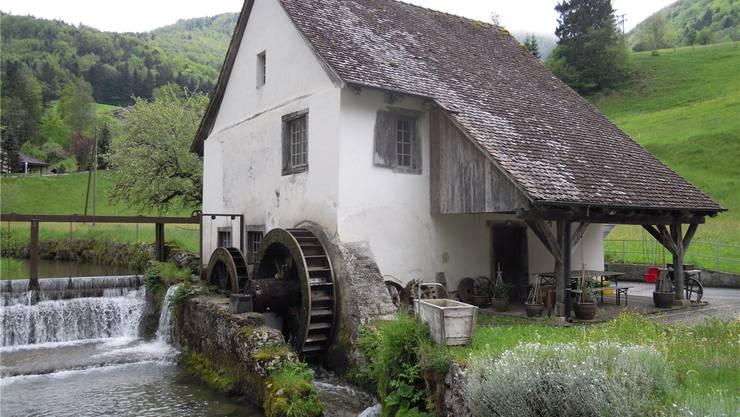 Die Hammerschmiede in Beinwil liegt idyllisch an der Lüssel und ist noch in erstaunlich gutem Zustand.