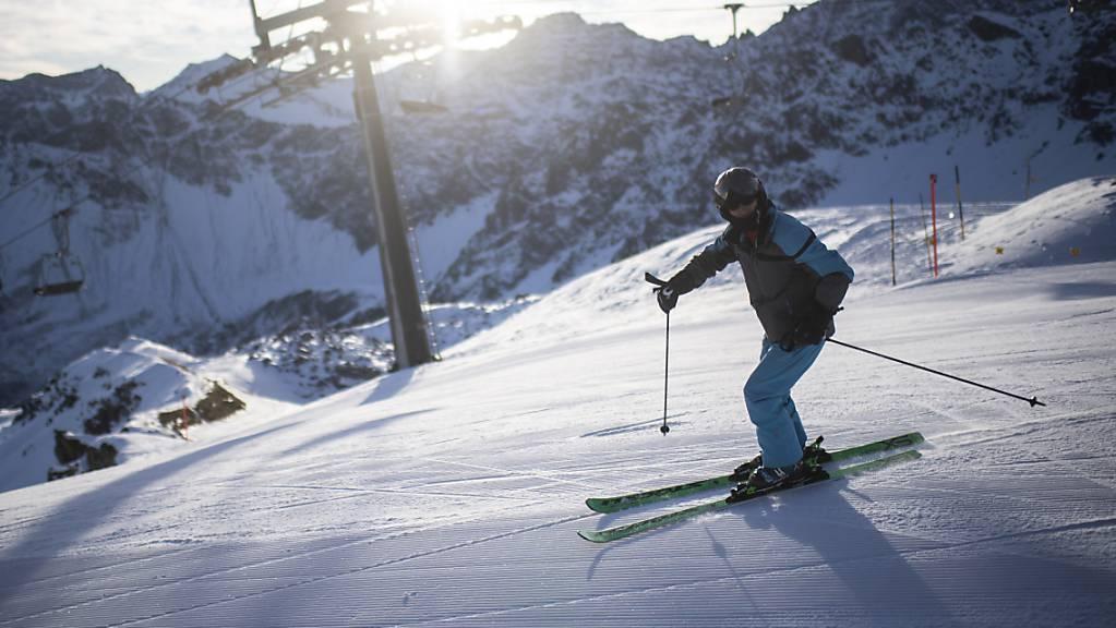 Die Staatsanwaltschaft Graubünden prüft in einer Vorabklärung, ob Lokalpolitiker in Arosa ein Angebot für Gratis-Bergbahn-Abos erhalten haben. (Symbolbild)