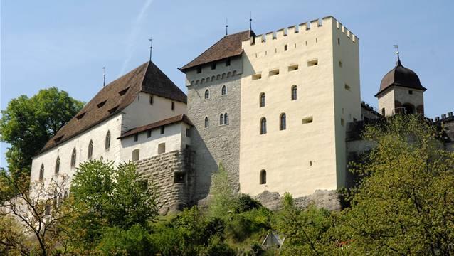 Mit Imageförderung die schönen Seiten des Aargaus zeigen, wie das Schloss Lenzburg.