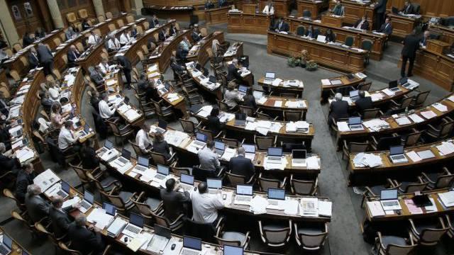 Blick in den Nationalratssaal während der Herbstsession 2013