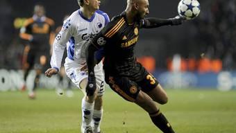Anelka (r.) Doppeltorschütze für Chelsea im Hinspiel in Kopenhagen