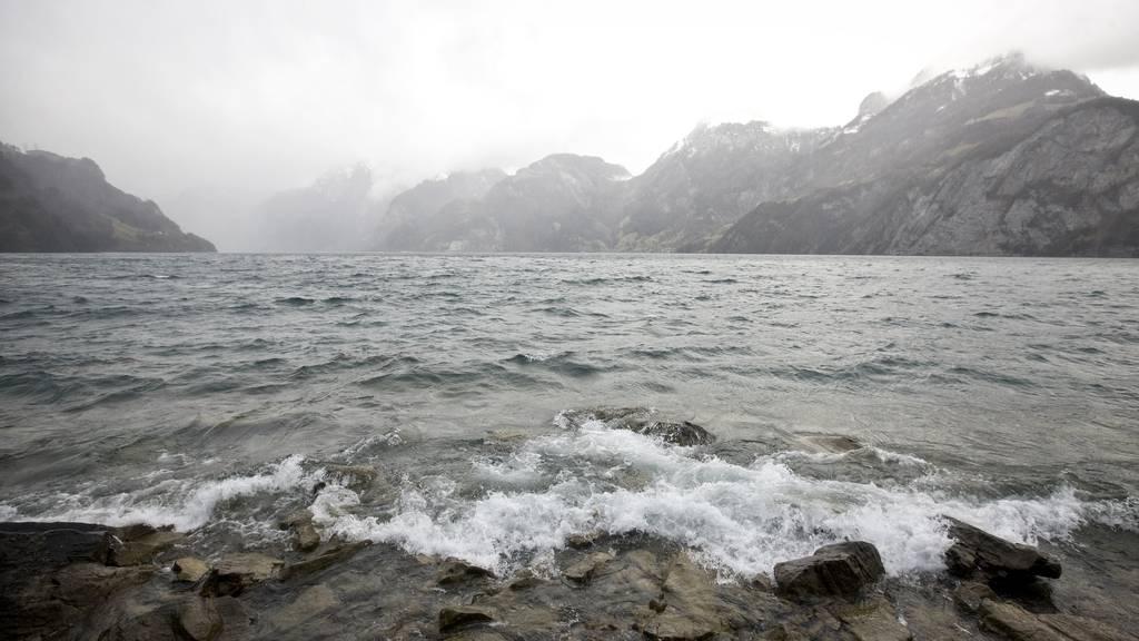 Urnersee: Kitesurfer ist verstorben
